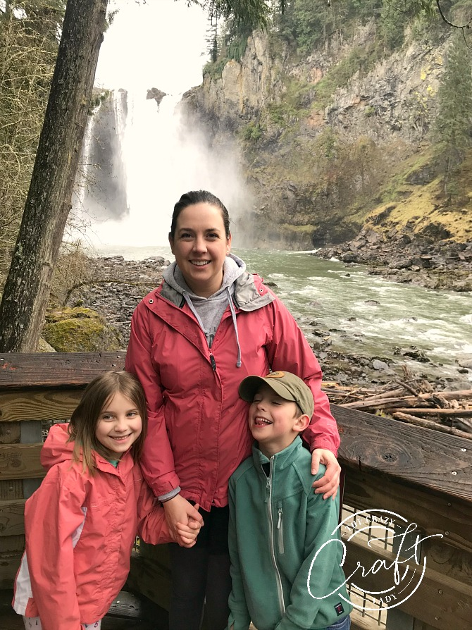 Family photo at the bottom of Snoqualmie Falls