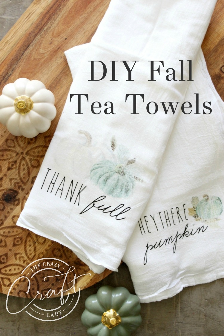 Watch this video tutorial to learn how to make these cute pumpkin DIY fall tea towels using transfer paper and heat transfer vinyl - an easy Cricut Design Space project.