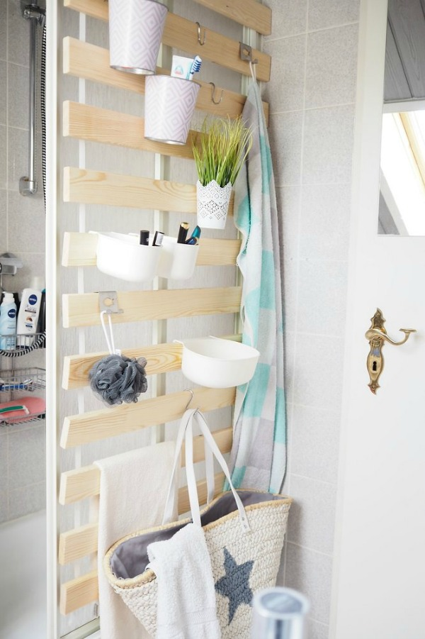 DIY vertical bathroom storage using IKEA bed slats