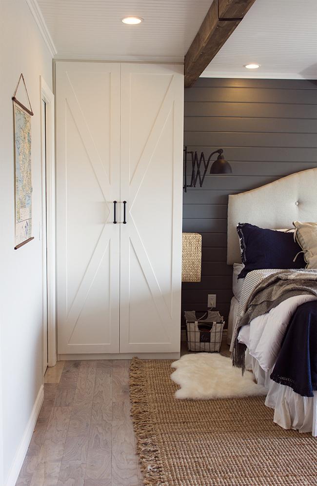 Ikea built ins - DIY Ikea Bedroom Closet