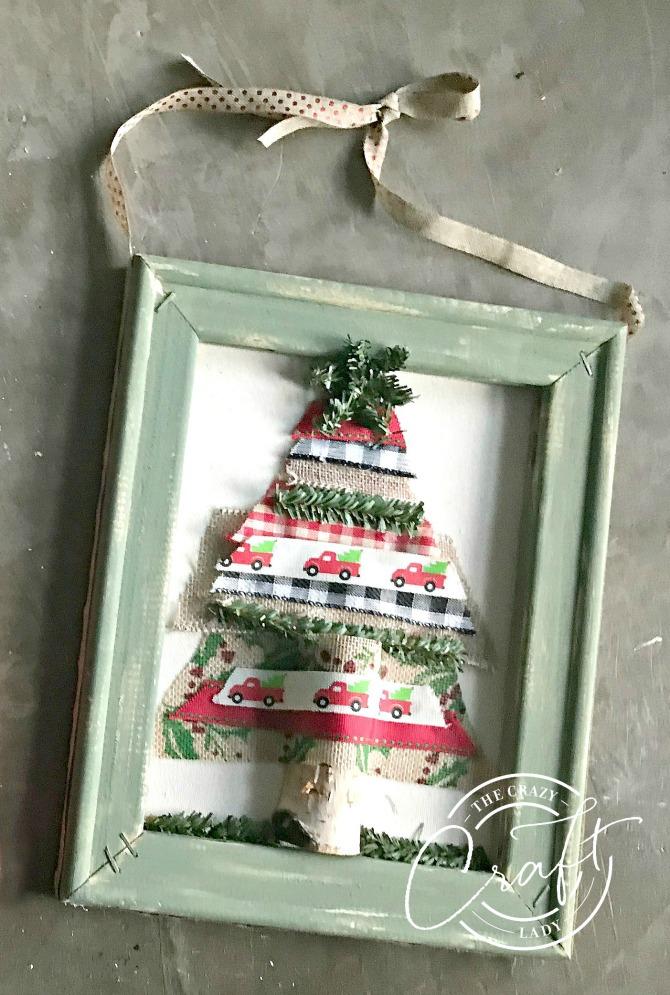 Ribbon Christmas Tree Reverse Canvas Craft
