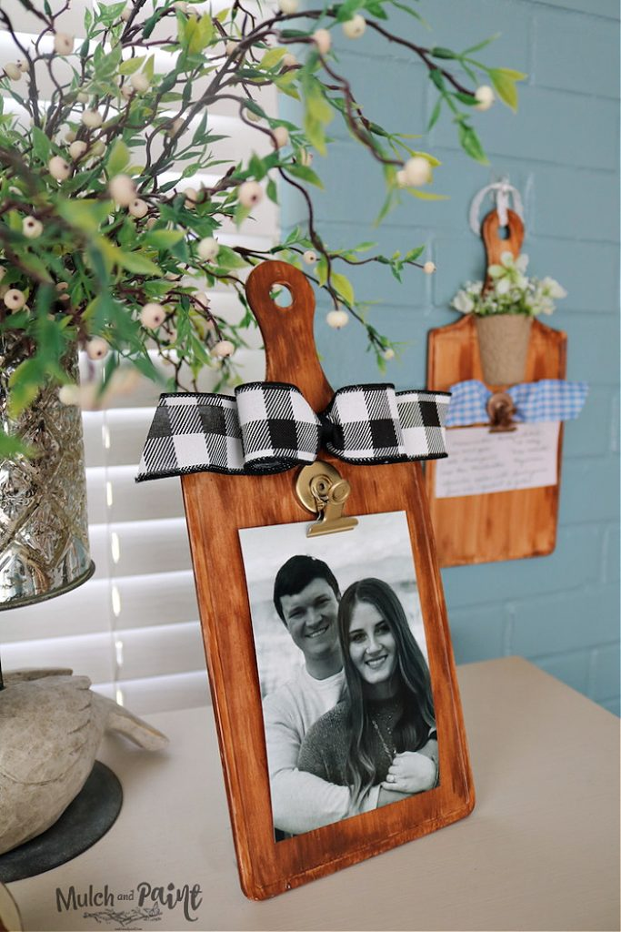 DIY Picture Hanger from Dollar Store Cutting Boards